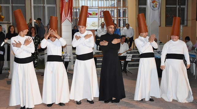 Manisada engelli semazenlerden ramazan gösterimi