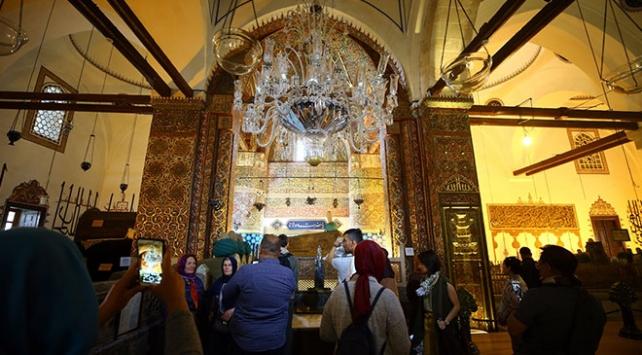 Mevlana Müzesi dünyanın dört bir yanından ziyaretçileri ağırlıyor