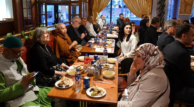 İsveçte Müslümanlar ve Hristiyanlar iftarda buluştu