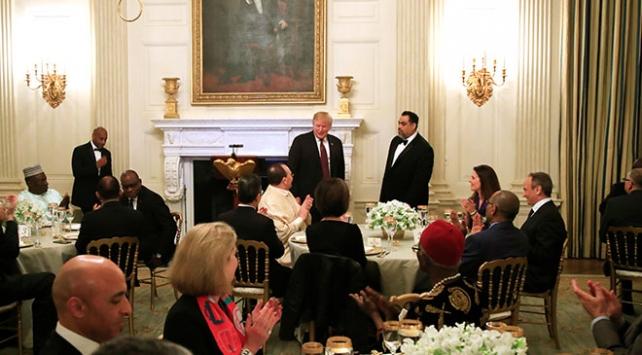 Donald Trump Beyaz Sarayda iftar verdi