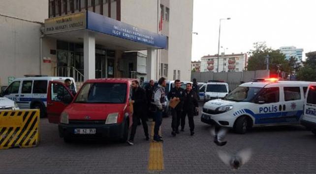 Polise yakalanmamak için 5inci kattan atladı