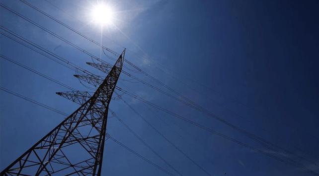 Küresel enerji yatırımları 1 milyar dolar arttı