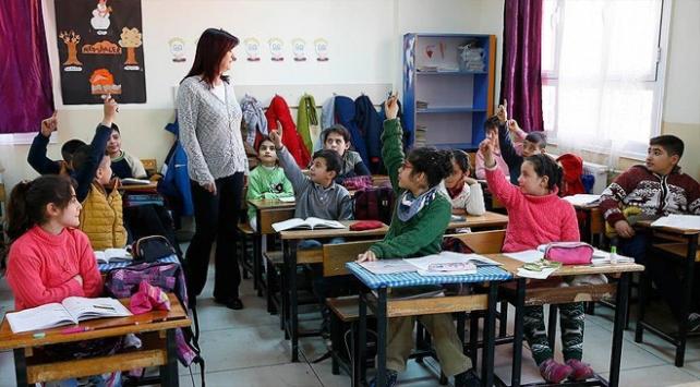 Okullara yeni tatil düzenlemesi