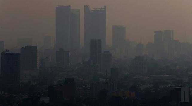 Meksikanın başkentinde hava kirliliği nedeniyle acil durum ilan edildi