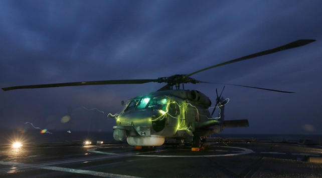 Denizkurdu-2019da helikopterler gücünü gösterdi