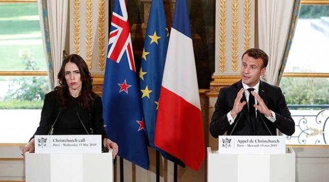 Fransadan internette teröre karşı mücadelede ortak adım