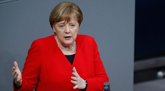 Merkelden Türkiye açıklaması
