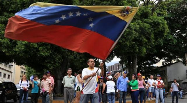 Venezuela hükümeti ve muhalefetin görüştüğü iddia edildi