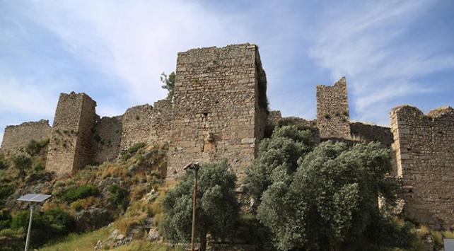 Beçin Antik Kentinde 12 ay kazı çalışması yapılacak