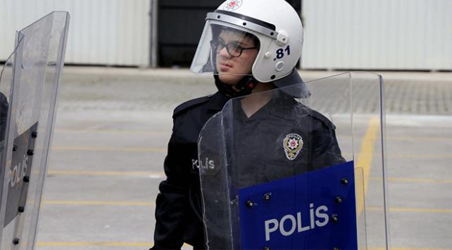 Özel çocukların polislik hayali gerçek oldu