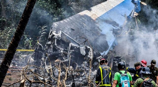 Küba: Boeing 737nin düşme sebebi kabin ekibinin hatası olabilir