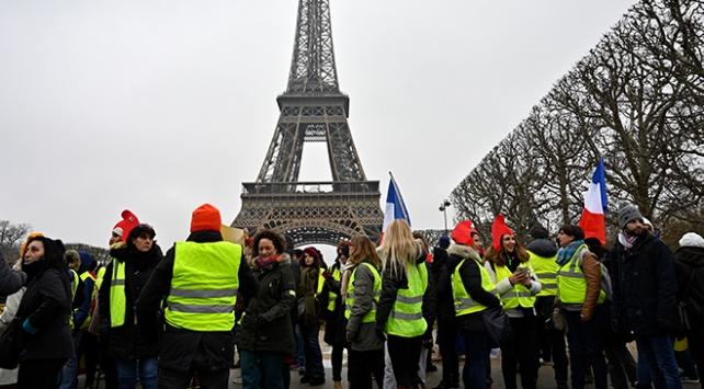 Fransada Sarı Yeleklilerin eylemleri 6ncı ayını doldurdu