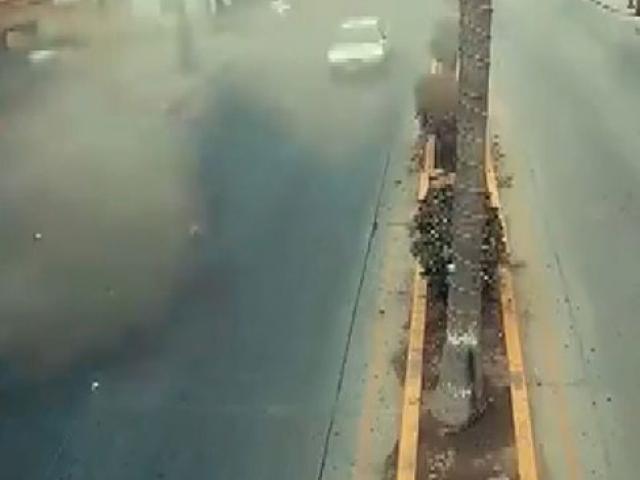 Meksikadaki otelde meydana gelen patlama anı kamerada