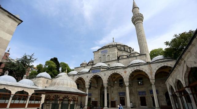Hacer-ül Esvedin parçaları 5 asırdır İstanbulda