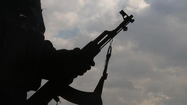 Şırnakta 2 PKKlı terörist teslim oldu, 2 terörist etkisiz hale getirildi