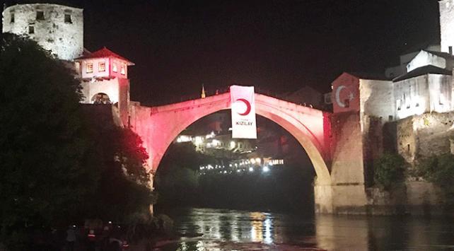Türk Kızılayı Mostarda iftar programı düzenledi