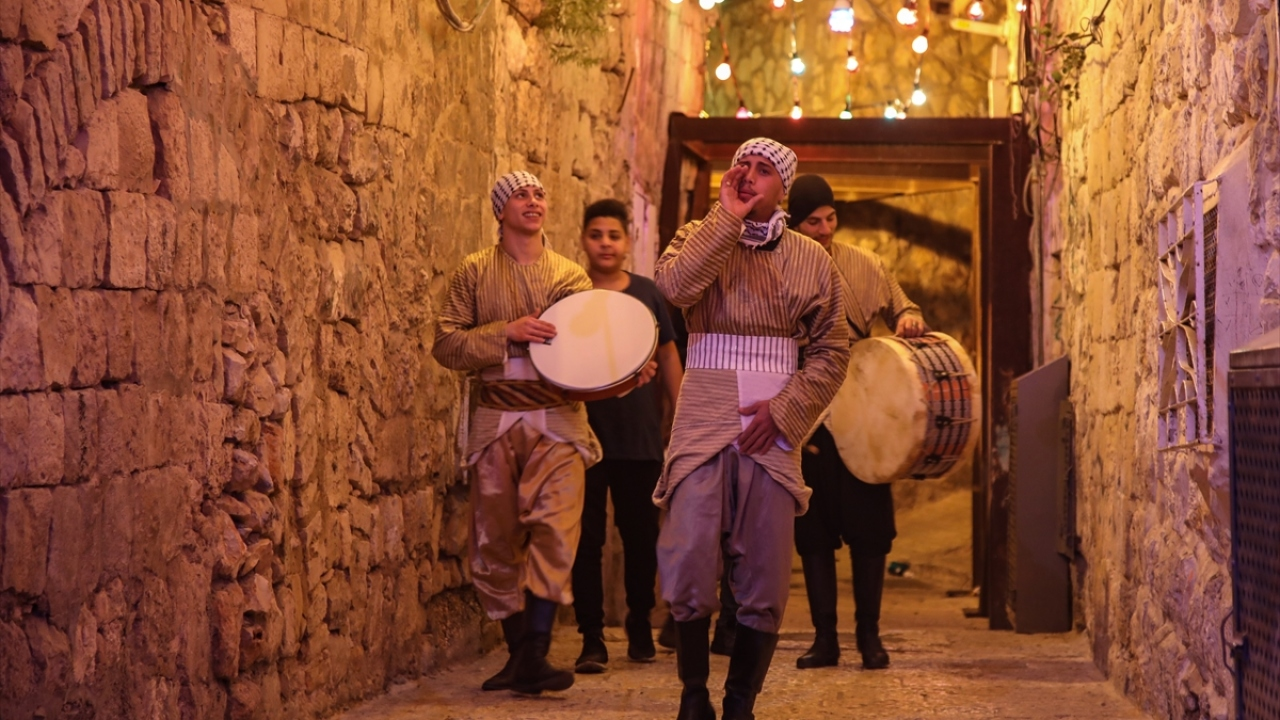 Baskılara rağmen Doğu Kudüste ramazan davulu geleneği yaşatılıyor