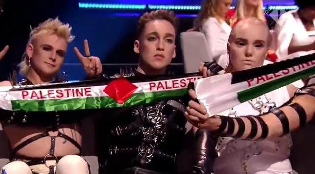 Eurovisiondaki Filistin bayrakları İsraili karıştırdı