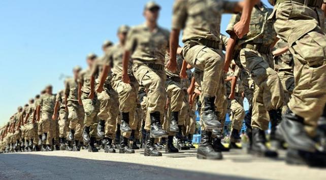 Askerlik süresi kısalacak