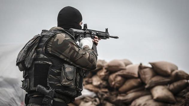 Suriye sınırında 2 DEAŞlı terörist yakalandı
