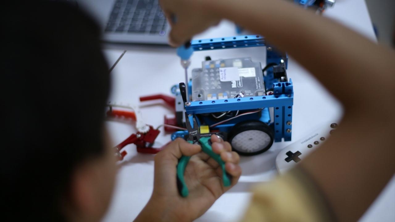 Robotik öğrencilerinin hedefi dünya şampiyonluğu