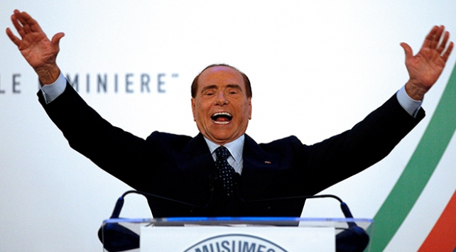 Berlusconi: Belki de Avrupa Birliği Türkiyeyi yeniden kazanmalı