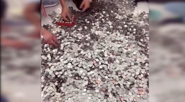Çin'de bir kişi aldığı arabanın ödemesini bozuk parayla yaptı