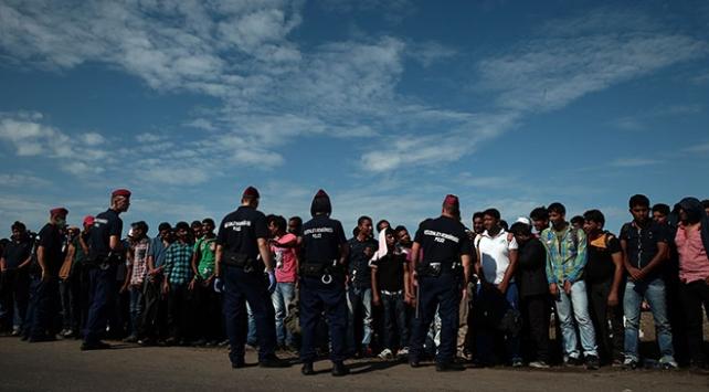 Macaristanın göçmenleri aç bıraktığı iddiası