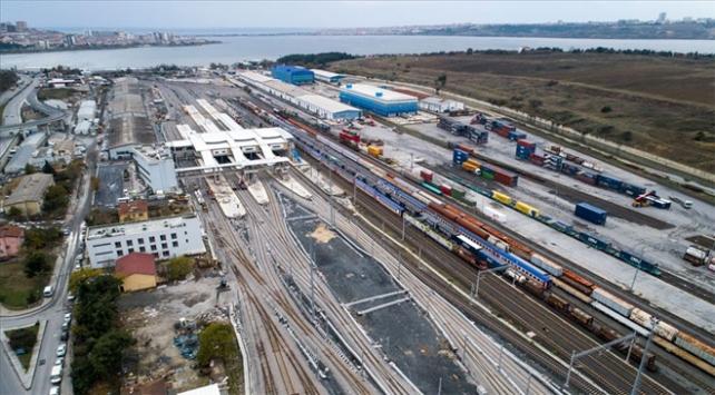 Gebze-Halkalı banliyö hattını kullanan yolcu sayısı 24 milyona yaklaştı