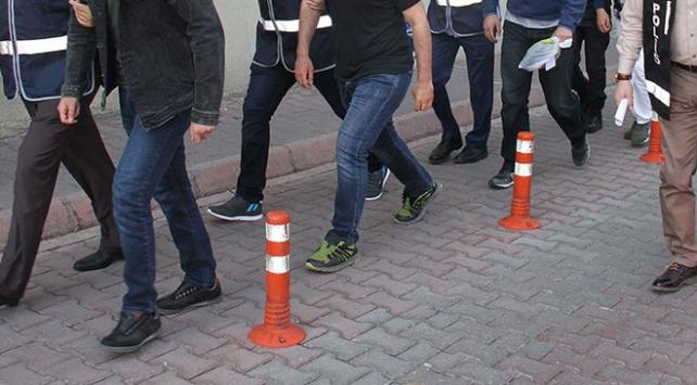 İzmirde PKK/KCK operasyonu: 8 gözaltı