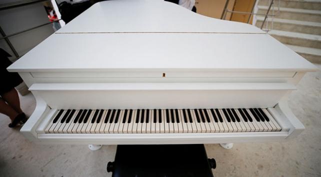 Atatürkün Savarona yatında kullanılan tarihi piyano restore edildi