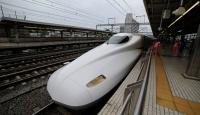 Çin, saatte 600 kilometre hızla gidecek trenin prototipini tanıttı