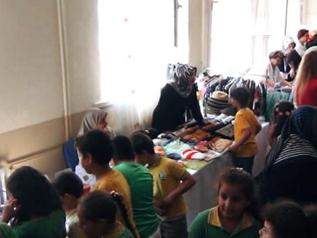 Darıca'da çocuklar için bayram kermesi düzenlendi