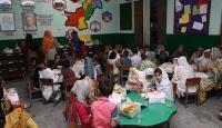 TİKA'dan Pakistanlı yetimlere gıda yardımı ve iftar