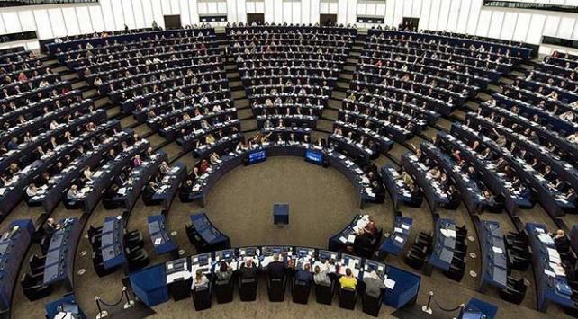 Hollandada AP seçimleri için oy kullanma işlemi sona erdi