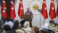 Emine Erdoğan: Solan güllere can suyu vermek istiyoruz