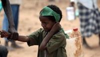 Nijerya'daki çatışmalar nedeniyle binlerce çocuk ve kadın göç etti