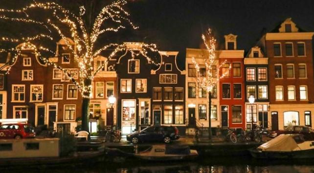 Amsterdam aşırı turizmle  mücadele edecek