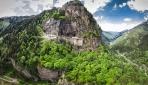 Sümela Manastırında en zor görevler endüstriyel dağcı ekibinindi