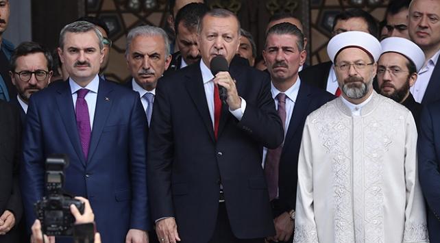 Cumhurbaşkanı Erdoğan: Hırsızlara bu işi bırakmayacağız
