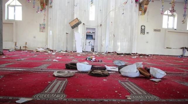 Afganistanda cuma namazı sırasında bombalı saldırı
