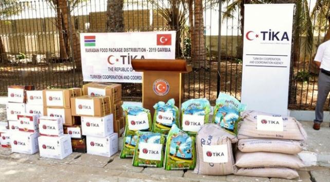 TİKAdan Gambiyada ramazan yardımı