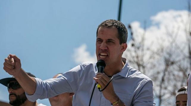 Venezuelada muhalif Guaido, hükümetle müzakere ettiğini açıkladı