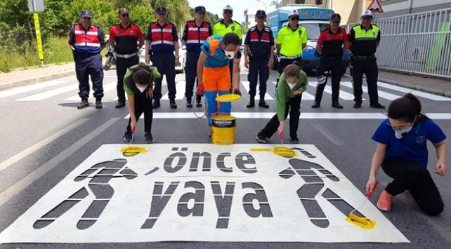 Jandarmadan öğrencilere trafik güvenliği eğitimi