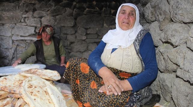 Asırlık tandırlar bu defa ramazan için yandı