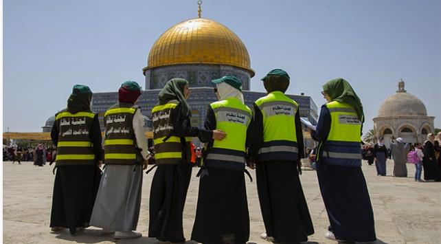 Mescid-i Aksada ramazanda düzeni gönüllü kadınlar sağlıyor