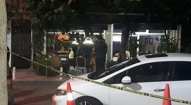 Kağıthanede iftar saatinde kafe önündekilere silahlı saldırı: 4 yaralı