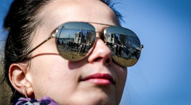 Uzmanlar sahte güneş gözlüklerine karşı uyarıyor