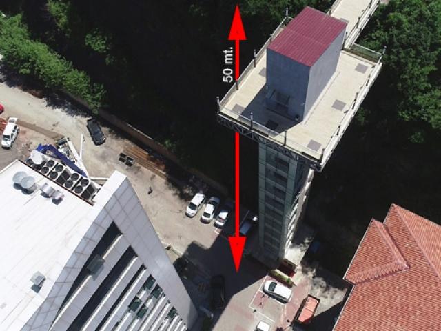 Karadeniz'de iki mahalle arasına 50 metrelik asansör