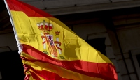 """İspanya'da sosyalistlerin """"acı seçim zaferi"""""""
